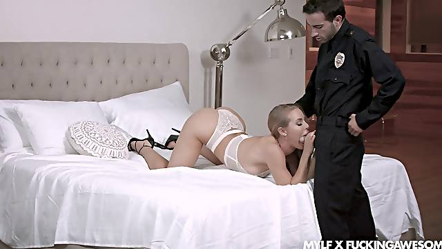 Fake cop fucks this naked wife and makes her swallow