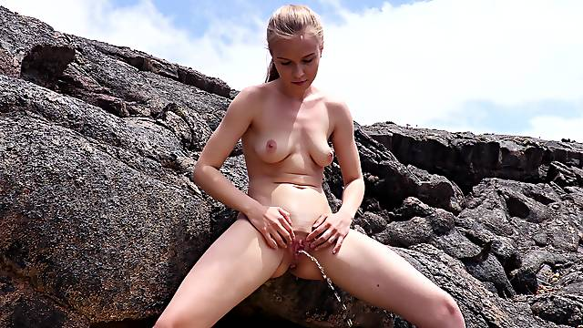 Sweetie pees and finger fucks clit in magical XXX scenes
