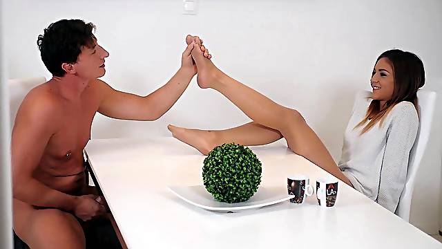 Full morning passion during breakfast for the thin amateur sis