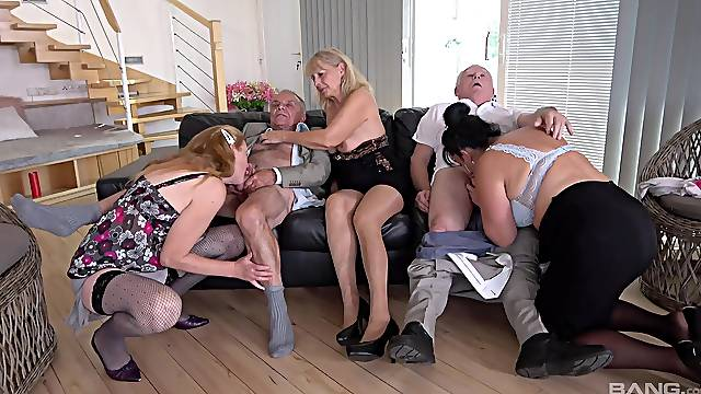 Impeccable mature orgy with homemade amateurs