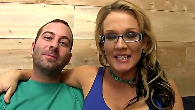 Cuckold Reality Video with a White Girl Fucked Hard
