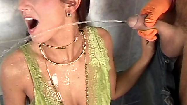 Deepthroat and anal penetration before a pissing fetish