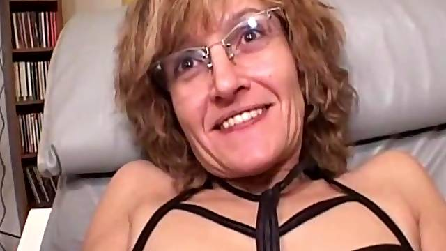Pierced clit mommy sucks and licks his cock in close up