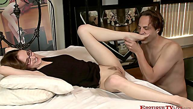 No one rides a hard pecker as good as horny Jay Taylor does