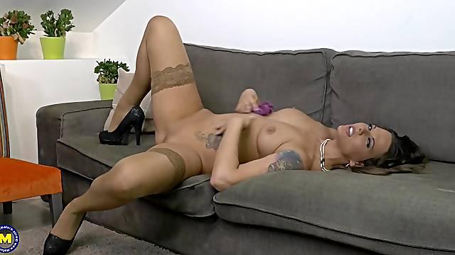 Horny mature brunette MILF Simony Diamond masturbates solo