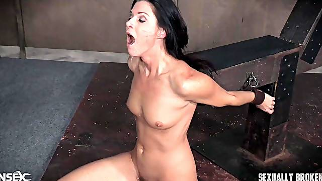 MILF bombshell India Summer forced to cum while fucked tied up