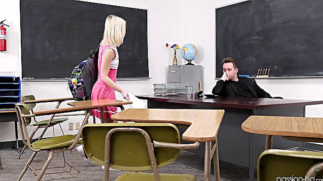 Naughty blonde cheerleader Natalia Queen fucked missionary on the desk