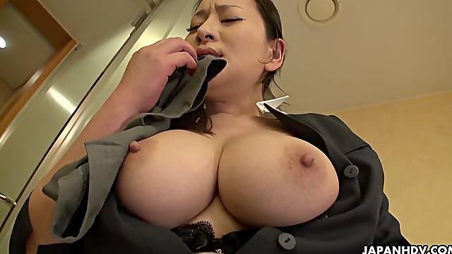 Japanese maid, Rei Kitajima was caught masturba