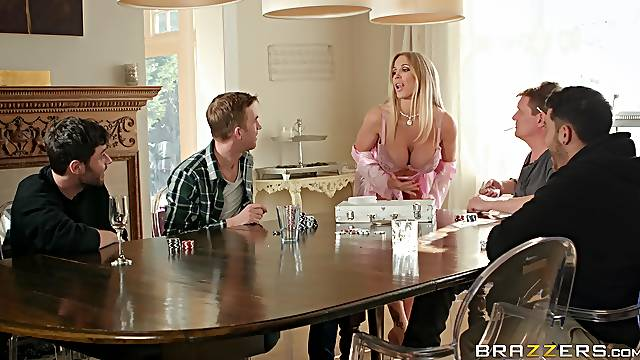 Haughty blonde housewife Rebecca More gets a facial in the kitchen