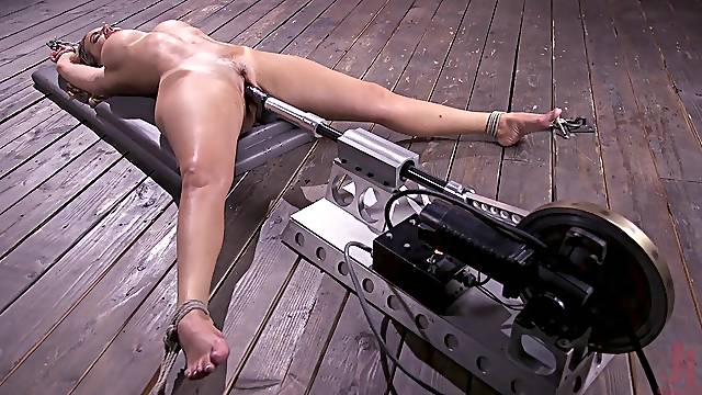 Brave Richelle Ryan want to try all sex machines and BDSM games