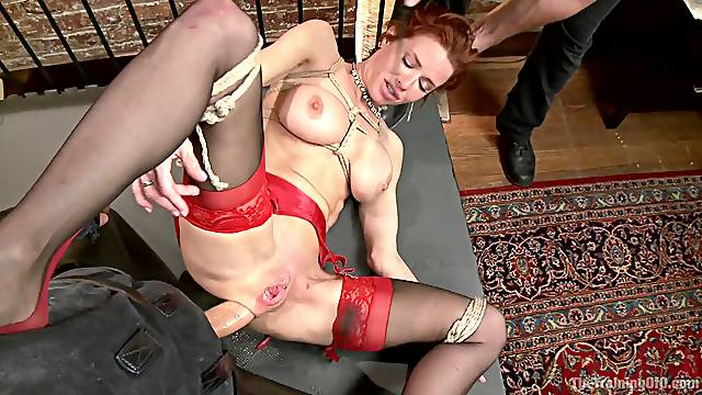 Unusual sex poses and fuck places are very welcome for Simone Sonay