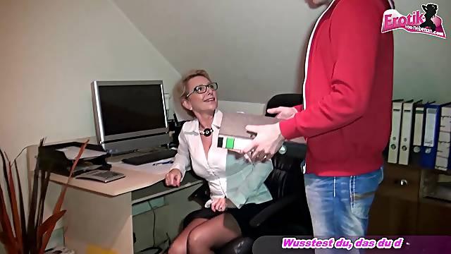 german secretary slut fuck in office from young