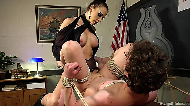 Domina Chanel Preston tortures her slave with spanking and pegging