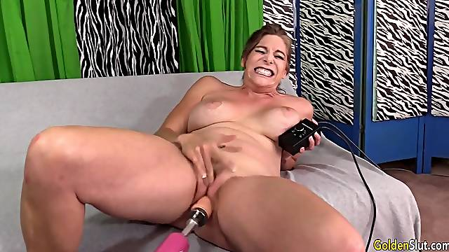 Mature Jade Blissette Drilled by Machine