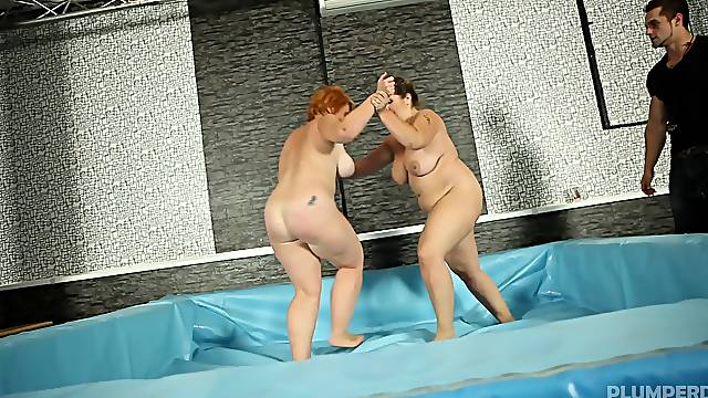 BBW Sally and Nika after catfight decide to reach amazing orgasm