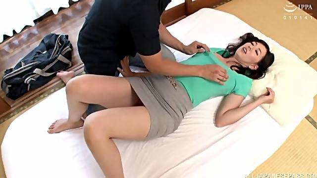 Standing doggy style after pussy licking is memorable for Suou Azusa