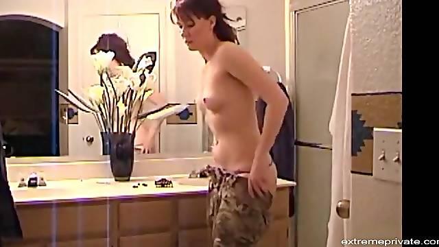 Spying the masturbation of my horny wife