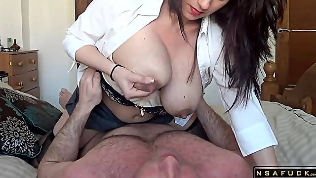 Lactating milf riding her hubby in homemade real amateur sexvideo