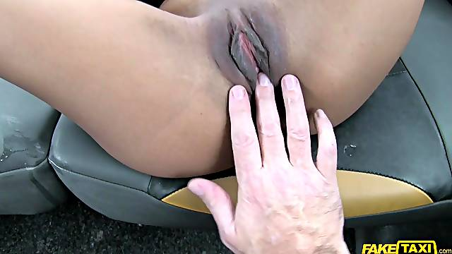 Alyssa Divine gets fucked deep by her taxi driver. Spy cam video