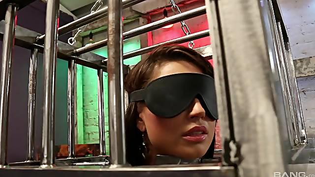 Blindfolded Eva Angelina gets her pussy pleased by Katrina Jade