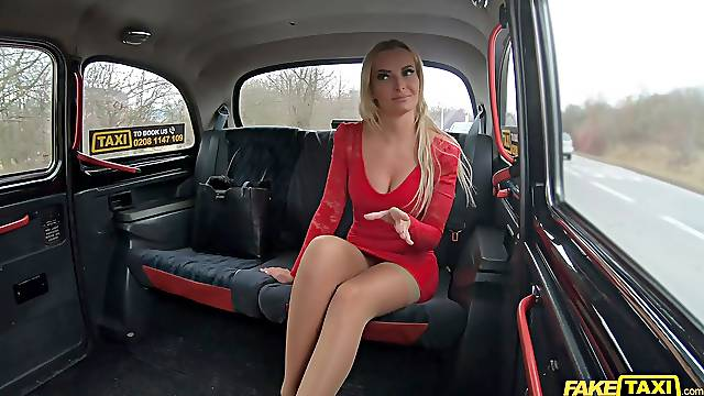 Victoria Pure decides to cheat on her BF with the taxi driver