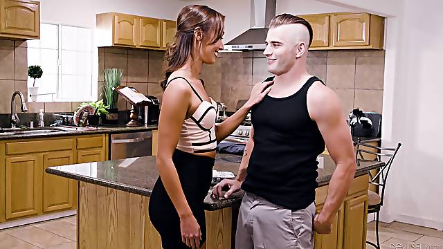 Fucking in the kitchen ends with a cumshot for Christy Love