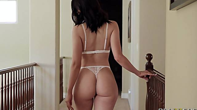 Wife Aubree Valentine enjoys having passionate sex + cum in mouth