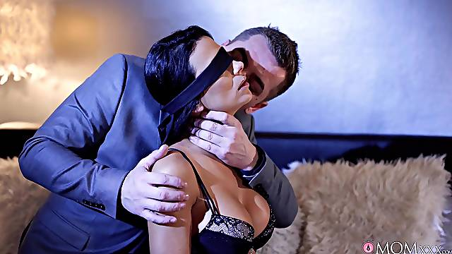 Erotic lovemaking in the bedroom with blindfolded Shalina Devine