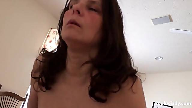 Horny Huge breast mature wife riding bbc