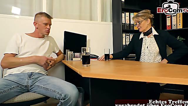 German mature mom seduced  guy