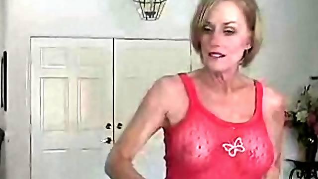 Having a wonderful time with granny Wicked Sexy Melanie