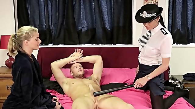 Police officer Franki Rider sucks a dick with Cayenne Klein
