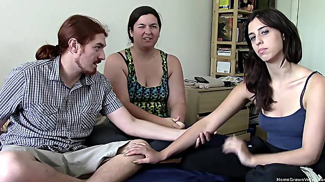 Homemade amateur fucking between a ginger dude and a sexy Latina