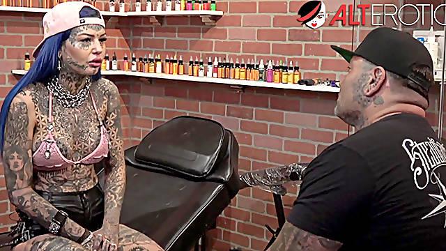 BTS with tattooed beauty Amber Luke