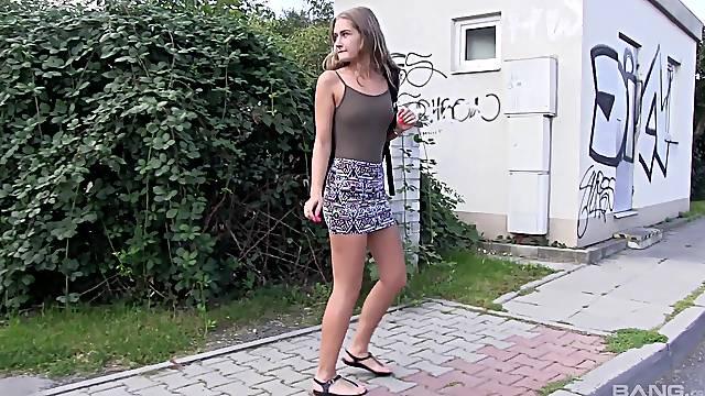 Skinny amateur girl Tiffany Tatum drops her panties in outdoors