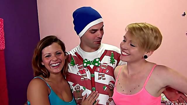 Amateur FFM threesome with cute babes Keisha Grey & Miley May
