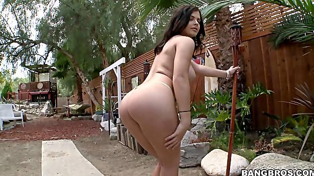 Outdoors video of incredible fucking with hot neighbor Keisha Grey