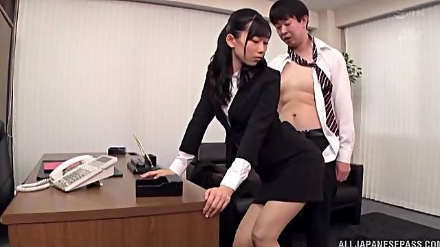 Amazing fucking in the office with handsome secretary Kurokawa Sumire