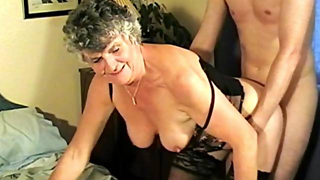 Mature Granny Steph sucks a dick and rides in cowgirl on the bed