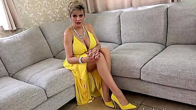 Lady Sonia is horny after her sex party