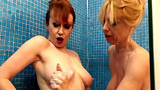 Red and Lucy fuck their toys in the shower