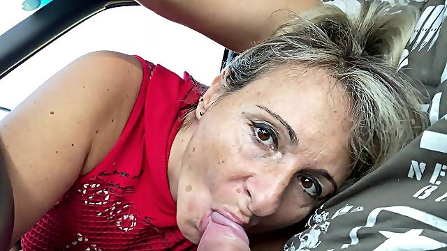 Dirty granny gives a blowjob and gets fucked from behind. HD