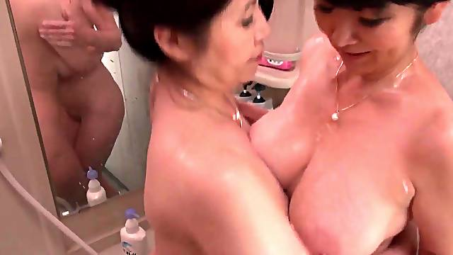Japanese matures drop their clothes to have kinky sex - Mizuno Yoshie