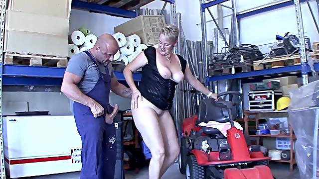 Chubby German mature opens her legs to ride a large manhood