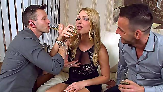Double penetration threesome with cum loving blondie Lucy Heart