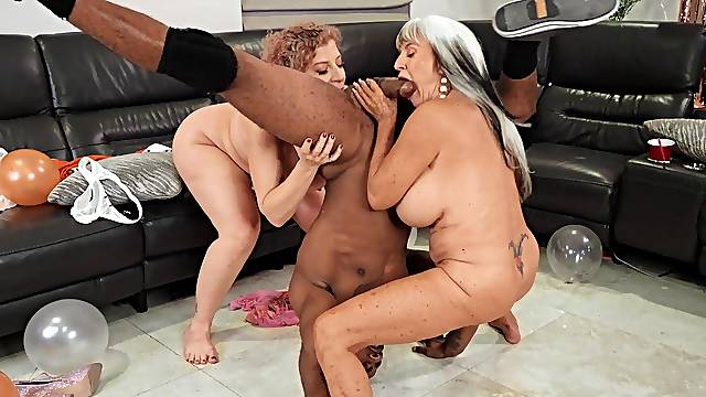 Interracial FFM threesome with grannies Sara Jay and Sally D'angelo