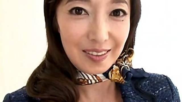 Mature pornstar Otowa Ayako loves flashing her pussy and tits