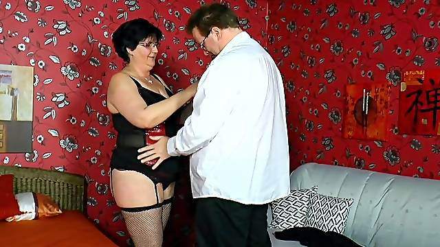 Fat mature amateur in fishnet stockings enjoys getting fucked
