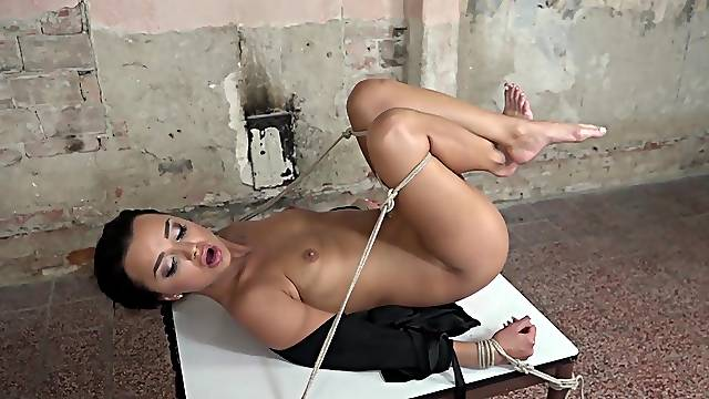 Naughty dude tied up and fucked smoking hot babe Daphne Klyde