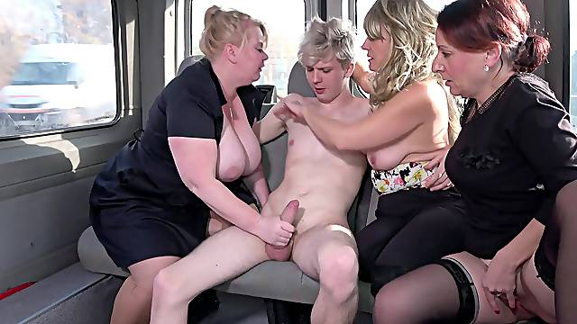 Young dude having fun with Coco Blond and other mature chicks